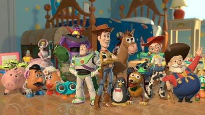 Los personajes de Toy Story. En el medio, los principales: Buzz y Woody 163