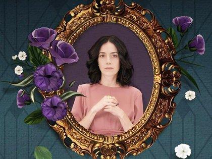 """Cecilia en el papel de Paulina, en uno de los afiches oficiales de """"La Casa de las Flores"""""""