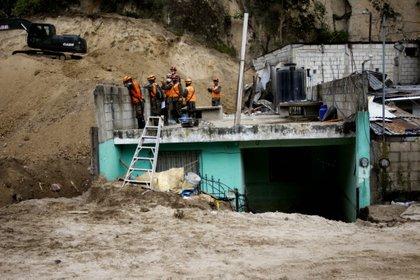 El gobierno de Guatemala informó que al menos 150 personas murieron como consecuencia del paso del ciclón Eta en el norte del país (EFE)