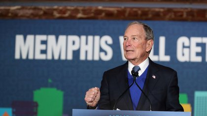 FILE PHOTO: U.S. Democratic presidential candidate Michael Bloomberg speaks at a campaign event in Memphis, Tennessee, U.S. February 28, 2020.   REUTERS/Karen Pulfer Focht/File Photo