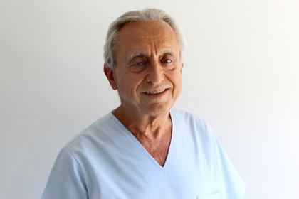 El infectólogo argentino Pedro Cahn, director de Fundación Huésped y miembro del Comité Asesor del presidente Alberto Fernández en la lucha contra el nuevo coronavirus (EFE/Fundación Huésped)