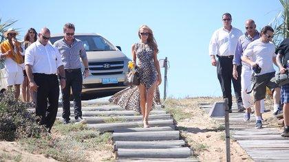 Paris visitó Uruguay durante el verano de 2014 y disfrutó de las playas de Punta del Este . Paris en la entrevista con Infobae confesó que visitó Buenos Aires y también lo hizo (foto) como DJ en el Este