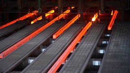 Medido contra el mes pasado, la industria muestra un fuerte crecimiento