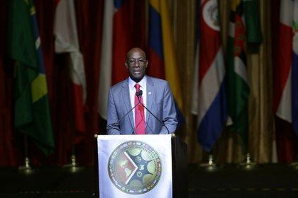 En la imagen, el primer ministro de Trinidad y Tobago, Keith Rowley (EFE/Andrea De Silva/Archivo)