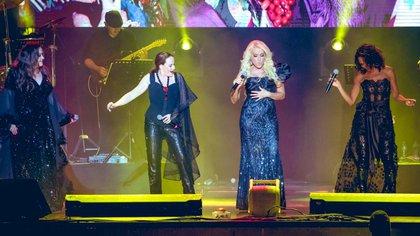 Las cantantes se presentaron en el Auditorio Nacional la noche de este viernes 18 de octubre. (Foto: Twitter)