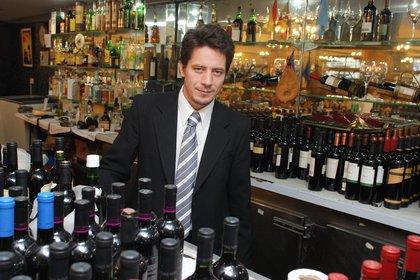 Jorge Dutra trabaja en El Imparcial desde los 16 años y compró parte del negocio luego de la crisis de 2001