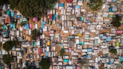 Una vista general de panteones sin gente, en Acapulco en el estado de Guerrero (Foto: EFE/ David Guzmán)