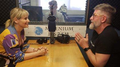 Romina y Novaresio seguirán trabajando en Radio