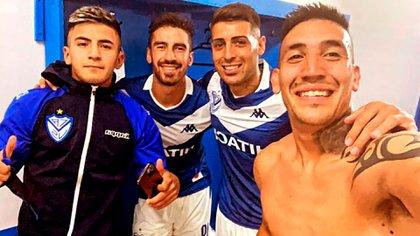 Thiago Almada, Juan Lucero, Miguel Brizuela y Ricardo Centurión, los cuatro jugadores que estuvieron presentes en la reunión