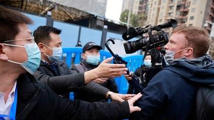 Reporteros sin Fronteras denunció que la persecución a periodistas en China impidió al mundo prepararse a tiempo para la pandemia de COVID-19