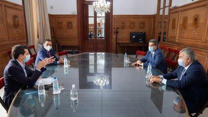 El Ministro del Interior ayer se reunió con Valdés, Morales y Capitanich