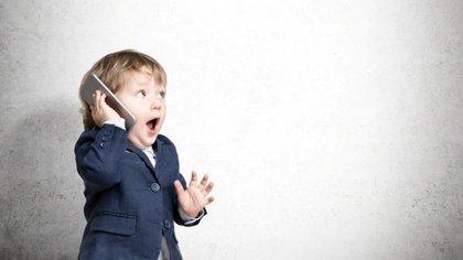 Padres y cuidadores deben advertir que brindar una tablet o un celular sin control en la primera infancia tiene consecuencias sobre la percepción del mundo del niño (Foto: Archivo)
