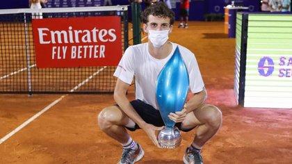 Juan Manuel Cerúndolo, el argentino de 19 años que salió campeón del primer torneo ATP que disputó