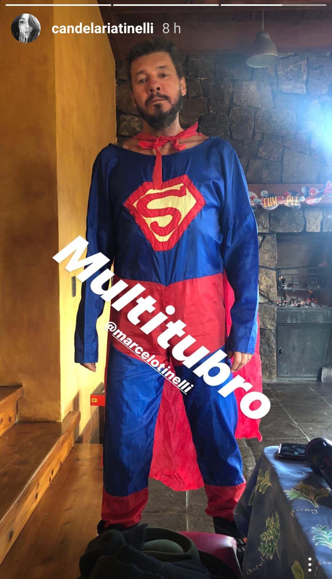 Tinelli aceptó vestirse de Superman
