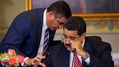 Miguel Rodríguez Torres con Nicolás Maduro