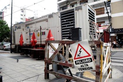 La auditoría del Ente Nacional Regulador de la Electricidad (ENRE) se centró su denuncia en un acuerdo que en mayo de 2019 firmaron Edesur y Edenor, las distribuidoras que prestan servicios en la capital argentina y varias localidades de su periferia. EFE/Fabián Mattiazzi/Archivo