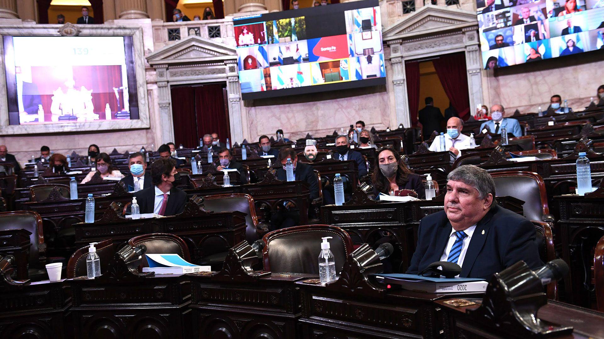 Asamblea-Legislativa---sesiones-ordinarias-en-el-Congreso-de-la-nacion---2021-cristina kirchner alberto fernandez senadores