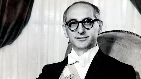 Arturo Frondizi (1908-1995), el presidente que invitó al Che Guevara a visitarlo en la Quinta de Olivos