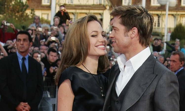 Angelina Jolie disfrutó de su vida sexual durante su embarazo de mellizos