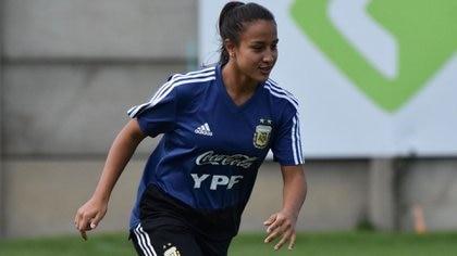 ⚡ Infobae: ¿La bomba del mercado de pases del fútbol femenino? La ...