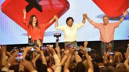 Gustavo Sáenz durante los festejos después de ganar la elección en lña provincia de Salta