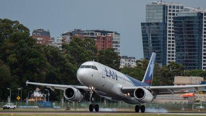 Aeroparque volverá a operar vuelos a países limítrofes. (Adrián Escandar)