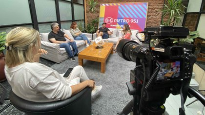Cayetano, Cayetina, Gabriel Schultz y Dalma Maradona a solas con Teleshow (Gaston Taylor)