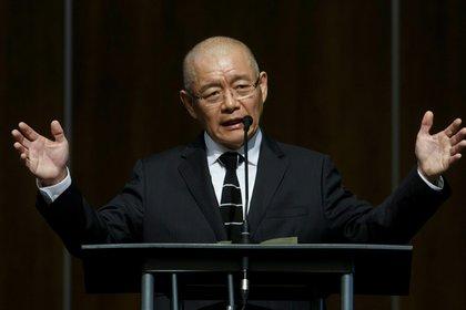 Hyeon Soo Lim mientras relata su experiencia en su iglesia (AFP)