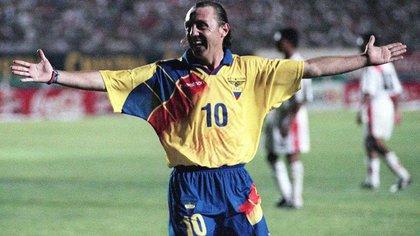 Álex Aguinaga, exfutbolista ecuatoriano