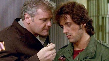 El actor Brian Dennehy (con Sylvester Stallone, en Rambo) está entre los creadores del cine muertos en 2020.