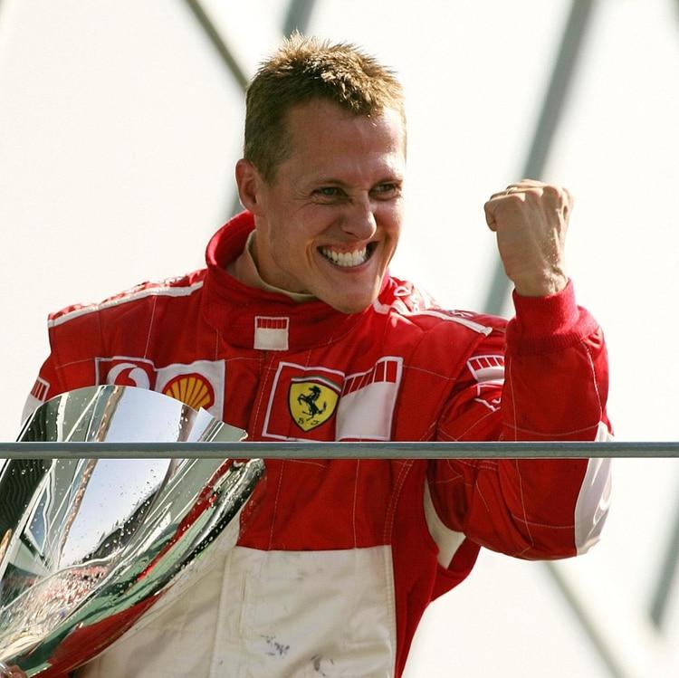Michael Schumacher, siete veces campeón mundial de F1, se someterá a un tratamiento secreto (AFP)