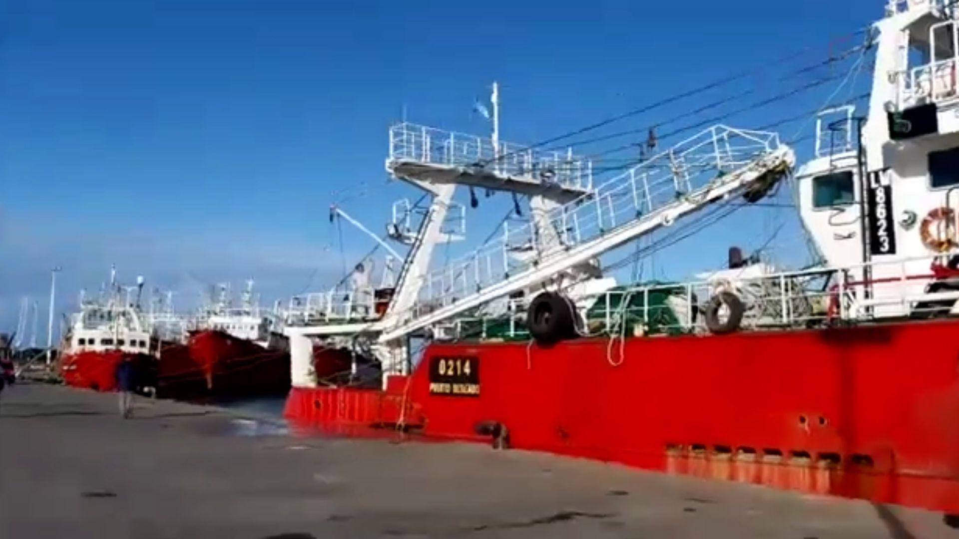 Chocaron dos barcos pesqueros en Puerto Deseado