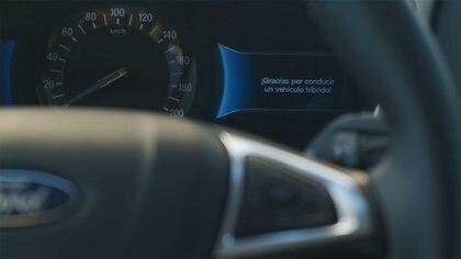 Todo el tiempo el tablero de instrumentos muestra información para que el usuario optimice su conducción.