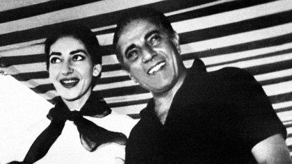 María Callas y Aristóteles Onassis (AFP)