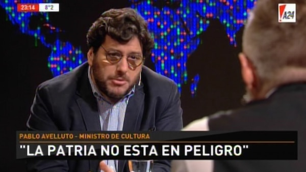 El ministro de Cultura le respondió al grupo de actores que criticaron al presidente Mauricio Macri. Además, se diferenció de otros miembros del gabinete nacional que tienen dinero depositado en bancos del exterior