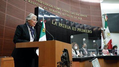 Olga Sánchez Cordero reiteró su compromiso con erradicar la violencia en contra de las mujeres, de la cual declaró ser víctima (Foto: Senado de la República)