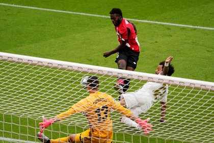 El Bilbao y el Real Madrid se fueron al descanso con un empate a cero en el marcador - REUTERS/Vincent West
