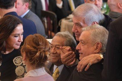 CIUDAD DE MÉXICO, 15ENERO2020.- Andrés Manuel López Obrador, presidente de México, encabezó la celebración del Día del Compositor. El acto se realizó en la sede de la Sociedad de Autores y Compositores de México (SACM). FOTO: GRACIELA LÓPEZ /CUARTOSCURO.COM