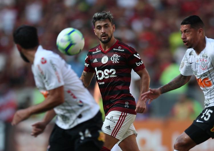 De Arrascaeta, clave en el gran momento que vive el Flamengo (REUTERS/Ricardo Moraes)