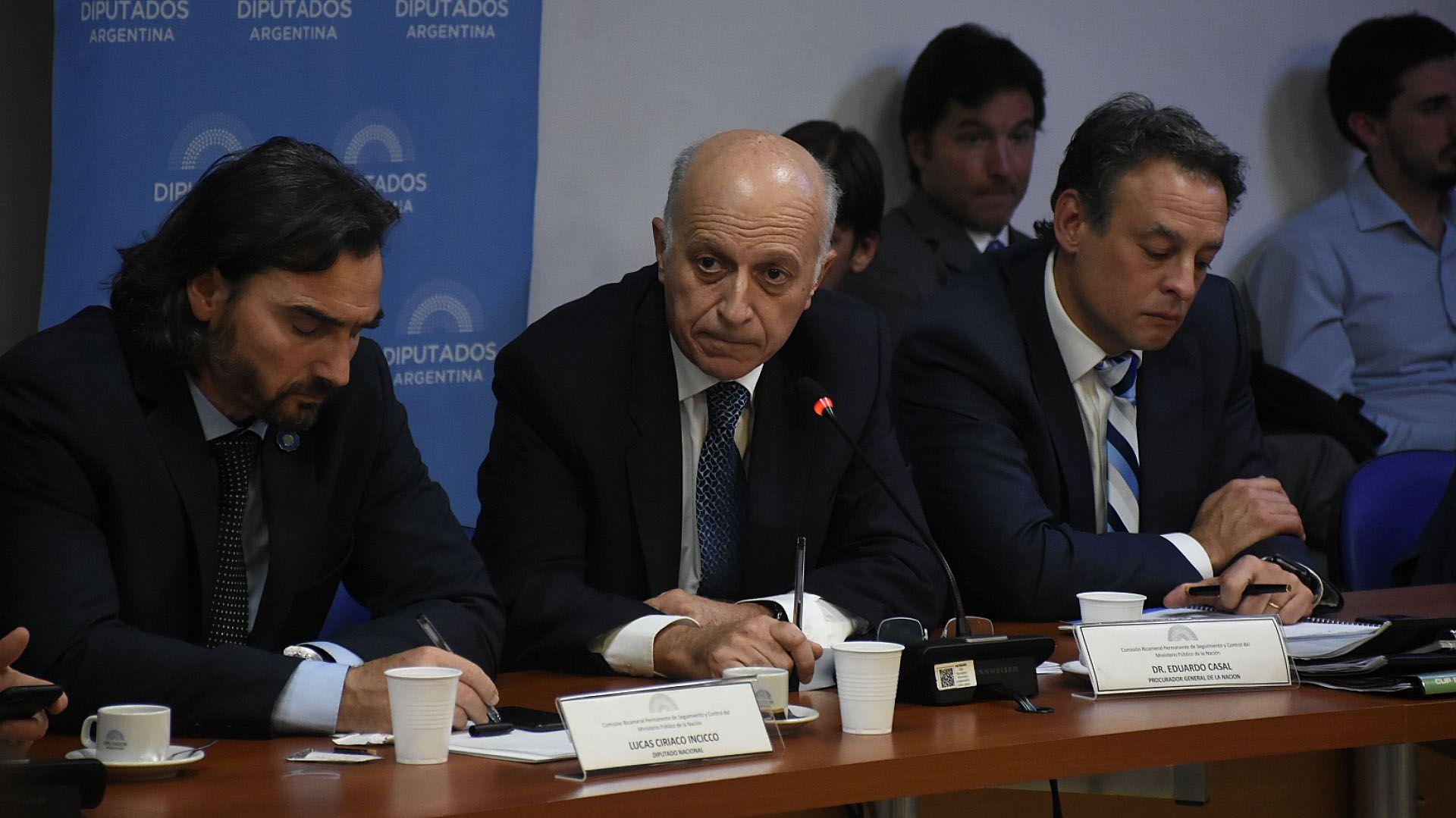 Casal pasó por el Congreso para defender su gestión (Nicolás Stulberg)