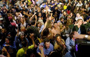 Volvieron las fiestas callejeras a España: terminó el estado de alarma por el coronavirus y hoy comienza una nueva normalidad