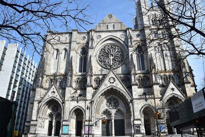 El tiroteo se produjo en la Catedral de San Juan el Divino