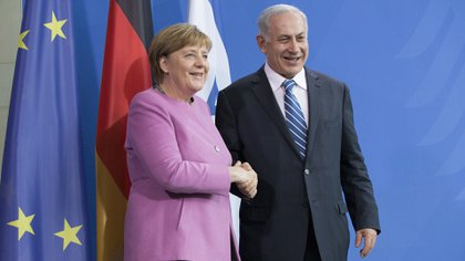 Angela Merkel expresó a Benjamin Netanyahu la solidaridad de Alemania con Israel ante los ataques de Hamas