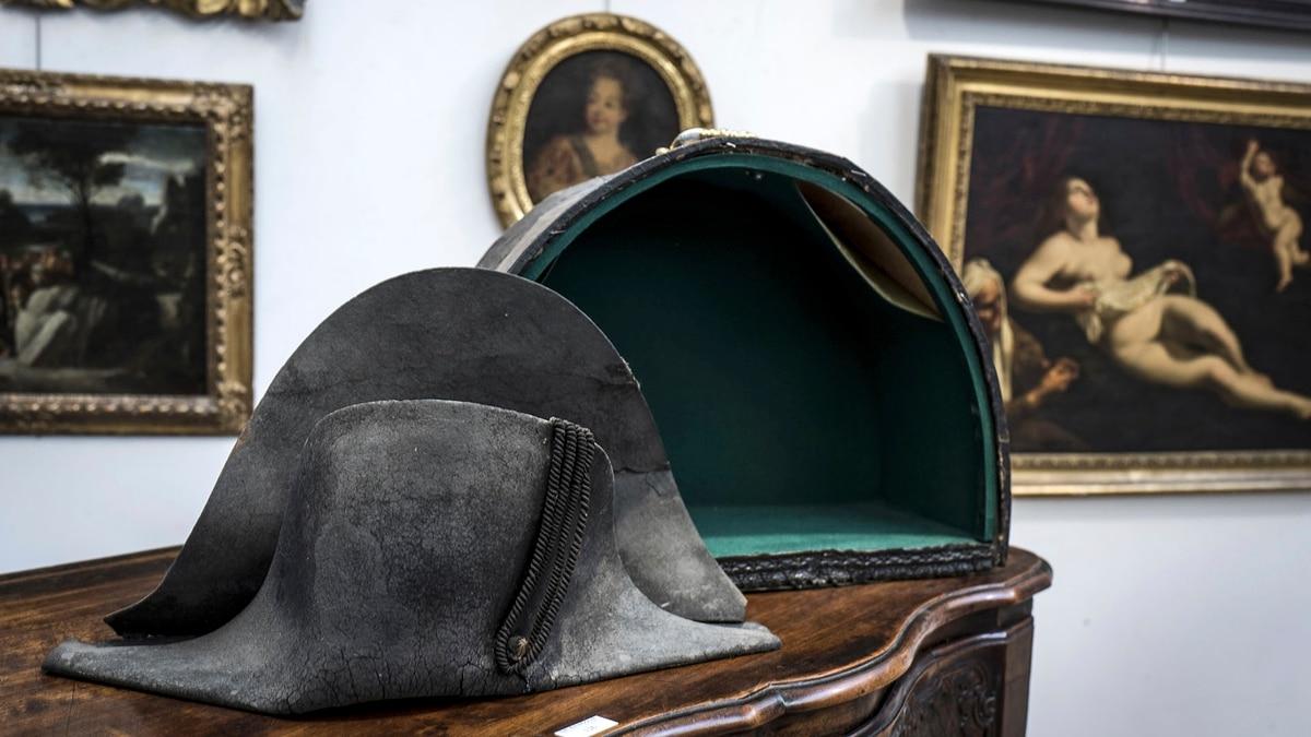 Napoleón perdió en Waterloo su sombrero: 203 años después fue ...