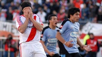 En la Promoción, River perdió 2 a 0 ante Belgrano en Córdoba e igualó 1 a 1 en el Monumental (NA)