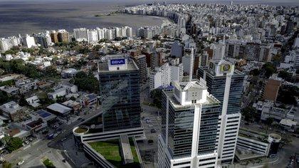 La costa montevideana se consolidó con las construcciones premium, con crecimiento constante y valores de USD 3.000 el m2, que llegan hasta USD 4.000 en las unidades con vista al río