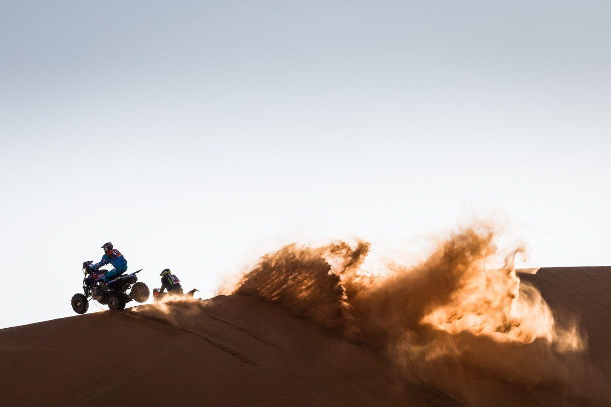 El piloto de 29 años del Dragón Rally Team, se impuso con su Yamaha en un tiempo de 4h 25m 49s. Foto: EFE/EPA/Frederic Le Floch