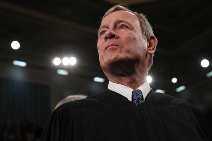 El jefe de la Corte Suprema, John Roberts. REUTERS/Leah Millis/POOL/File Photo