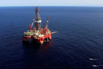 La industria petrolera tuvo importantes afectaciones en este periodo. (Foto: Henry Romero/Reuters)