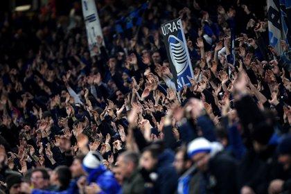 Cerca de 45 mil personas acudieron a Milan para ver el partido -REUTERS/Daniele Mascolo